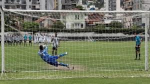 Sai-que-e-tua-Andre-Foto-Ralff-Santos-Fluminense-FC-616x345