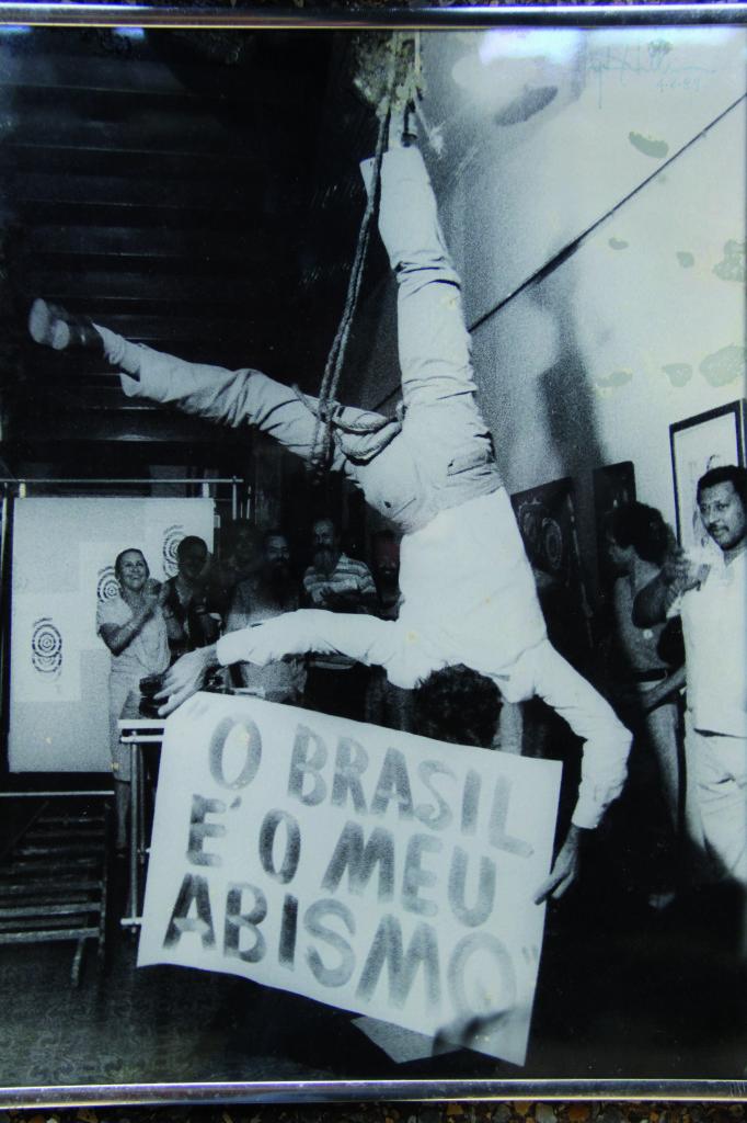 Performance O Brasil e o Meu Abismo