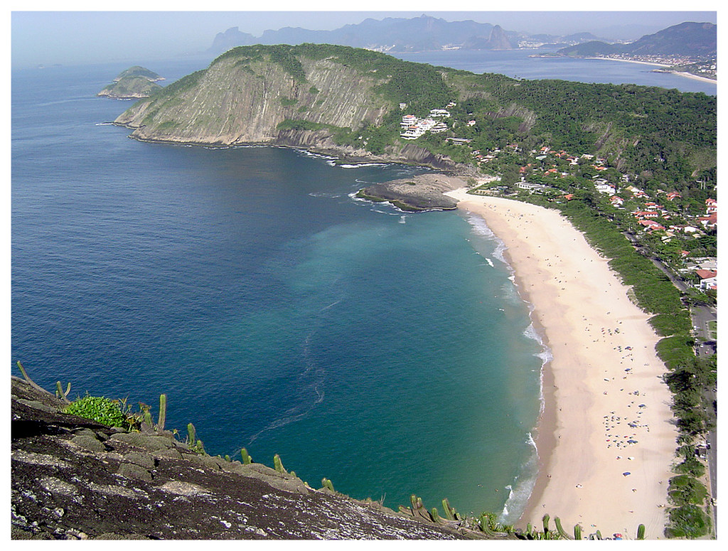 Itacoatiara_beach