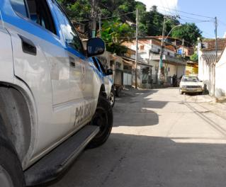 1fh-66-OPERAÇÃO-DA-POLICIA-NA-COMUNIDADE-DO-VIRADOURO-EM-SANTA-ROSA---andré-redlich