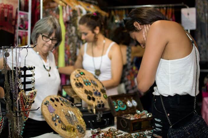 Retoke Bazar - © Luciana Lopes - 2014
