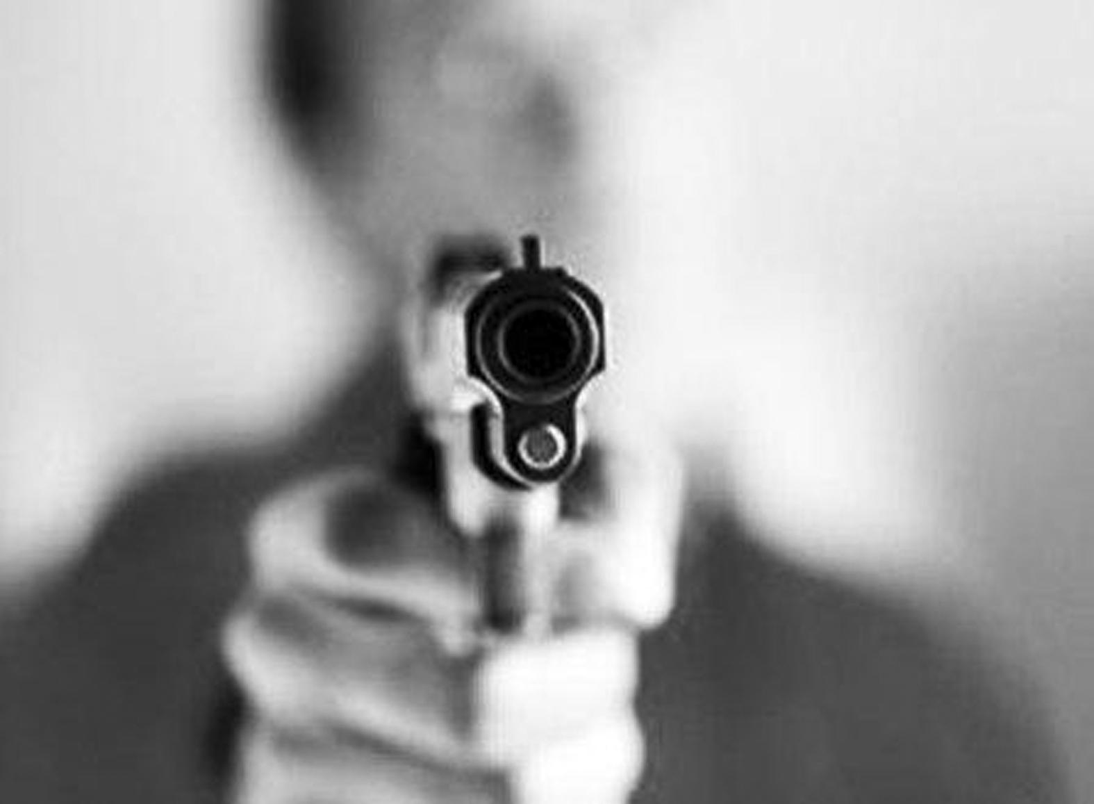 22528_Onda-de-assaltos-revolver-14-06-13
