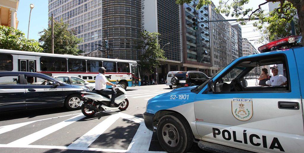 Segurança apresenta plano de ocupação de comunidades em Niterói.